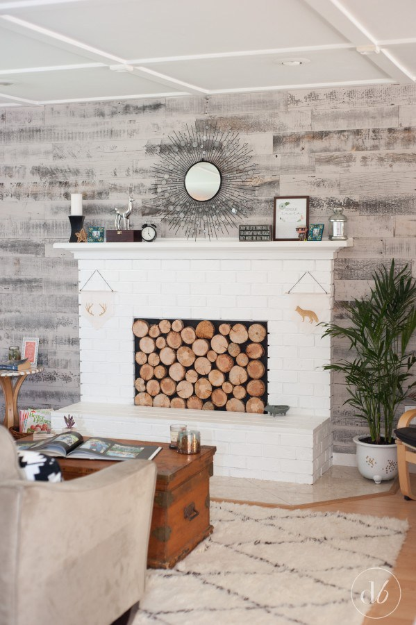 Such A Cool Diy Wall Covering Idea Using L And Stick Tiles Perfect Easy